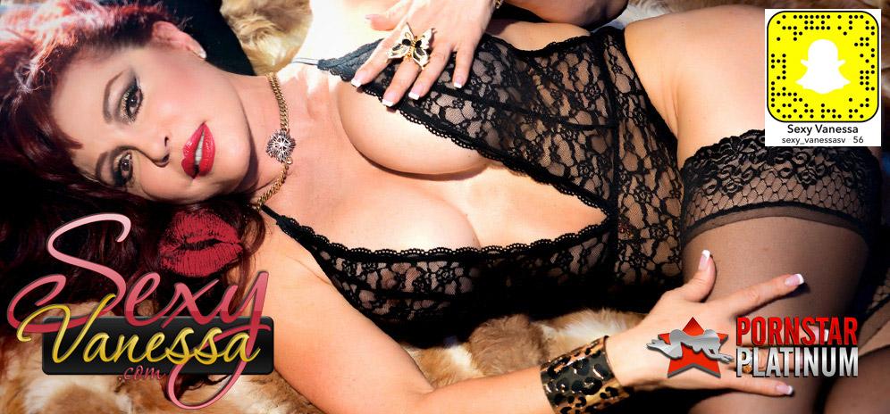 sexy vanessa porno star noir lesbienne séduit droite fille